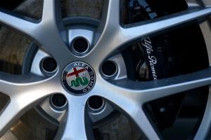 Ανάκληση Alfa Romeo Giulia και Stelvio για προβληματικά υγρά φρένων