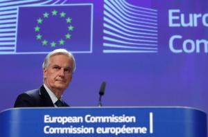«Καμία εμπορική συμφωνία μεταξύ Βρετανίας – Ε.Ε πριν το Brexit» διαμηνύει ο Μπαρνιέ
