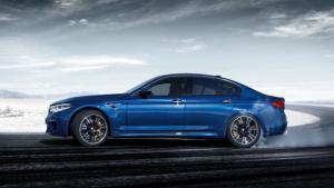 Πόσο κοστίζει στη χώρα μας η ολοκαίνουργια και τετρακίνητη BMW M5;