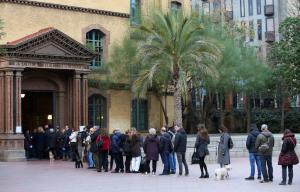 Πάλι στις κάλπες οι Καταλανοί – Περιμένουν συμμετοχή ρεκόρ