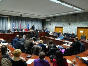 Λάρισα: Το χριστουγεννιάτικο δώρο του δήμου σε επιχειρήσεις και νοικοκυριά – Μείωση 5% στα δημοτικά τέλη!
