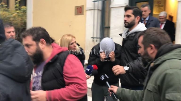 Στην φυλακή ο «δράκος των Aμπελοκήπων» – Κατηγορείται για 3 βιασμούς και 6 απόπειρες – «Τα έκανα… για πλάκα» έλεγε στον ανακριτή![pics, vid] | Newsit.gr