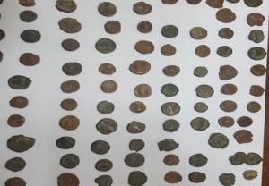 """Προσπάθησε να """"βγάλει"""" αμύθητης αξίας νομίσματα στη Γαλλία [pic]"""