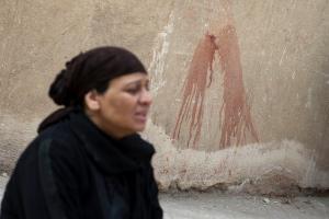 Κάιρο: Ντοκουμέντο από την ανταλλαγή πυροβολισμών έξω από Εκκλησία Κοπτών [pics, vids]