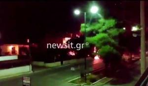 Βίντεο – ντοκουμέντο: Η στιγμή που τυλίγεται στις φλόγες το βενζινάδικο στην Ανάβυσσο