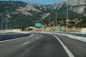 Αποκαταστάθηκε η οδική σύνδεση στην εθνική οδό Αντιρρίου – Ιωαννίνων, στο ύψος της Κλεισούρας