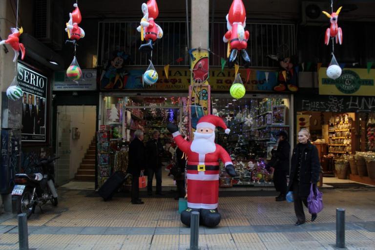 Εορταστικό ωράριο Χριστουγέννων 2018: Ποιες Κυριακές είναι ανοιχτά τα μαγαζιά | Newsit.gr