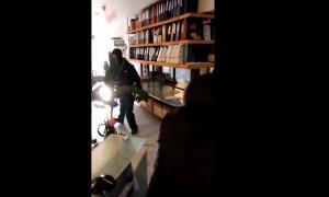 Βίντεο ντοκουμέντο: Η επίθεση στην εισπρακτική εταιρεία του ξαδέρφου του Τσακαλώτου