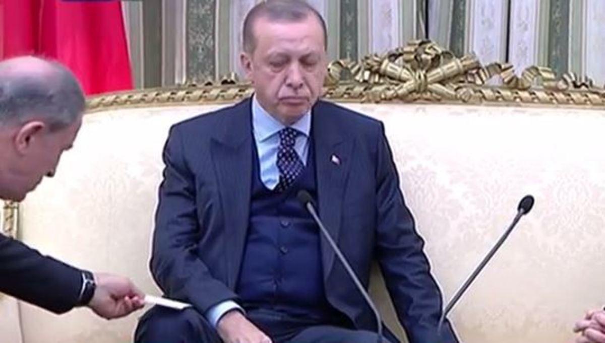 Το σημείωμα του Τούρκου Α/ΓΕΕΘΑ  στον Ερντογάν | Newsit.gr