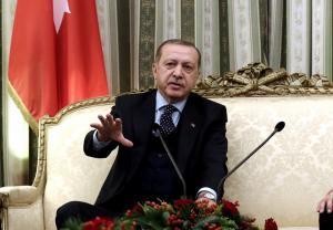 Προκαλεί κι από… αέρος ο Ερντογάν – Τι είπε στους Τούρκους δημοσιογράφους εν πτήσει