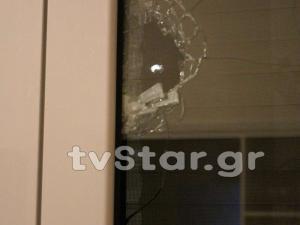 Τρόμος για οικογένεια στη Βοιωτία! Αδέσποτες σφαίρες καρφώθηκαν στο σπίτι τους! [pics]