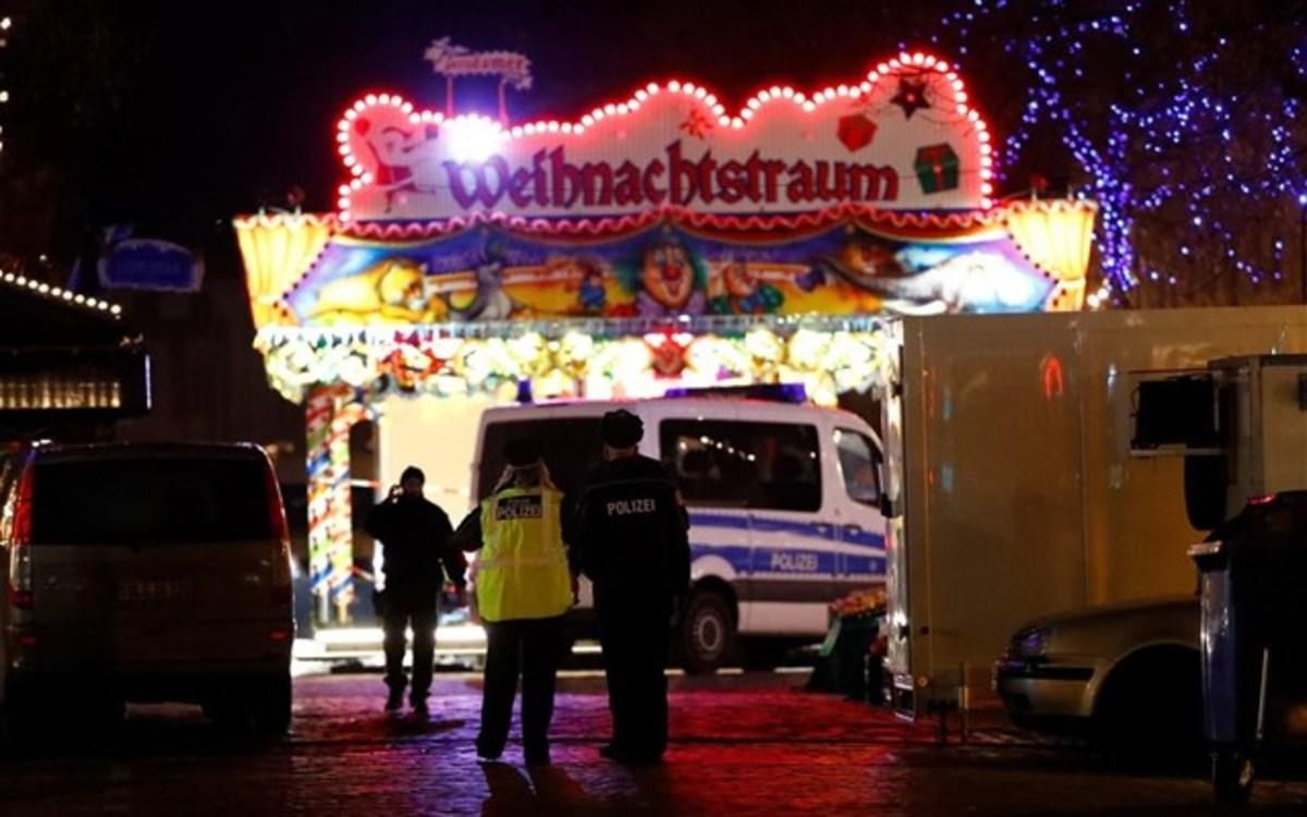 Γερμανία: Λήξη συναγερμού στο Πότσνταμ! Κροτίδα χωρίς πυροκροτητή, το περιεχόμενο του σάκου | Newsit.gr