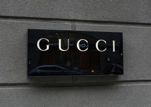 «Ντου» της αστυνομίας στα γραφεία του οίκου Gucci – Κατηγορίες για φοροδιαφυγή που… προκαλεί ίλιγγο