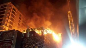 Κόλαση φωτιάς και στην Ινδία – 12 οι νεκροί [pics]