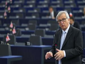 Συνάντηση Γιούνκερ – Μπαρνιέ με ευρωβουλευτές για το Brexit