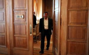 Δεσμεύτηκαν οι τραπεζικοί λογαριασμοί του «Αθήνα 984» – Έκτακτη σύγκληση του Δημοτικού Συμβουλίου ζήτησε ο Καμίνης