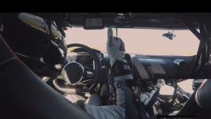 Δείτε το Koenigsegg Agera RS να πιάνει τα 460 km/h από την θέση του οδηγού [vid]