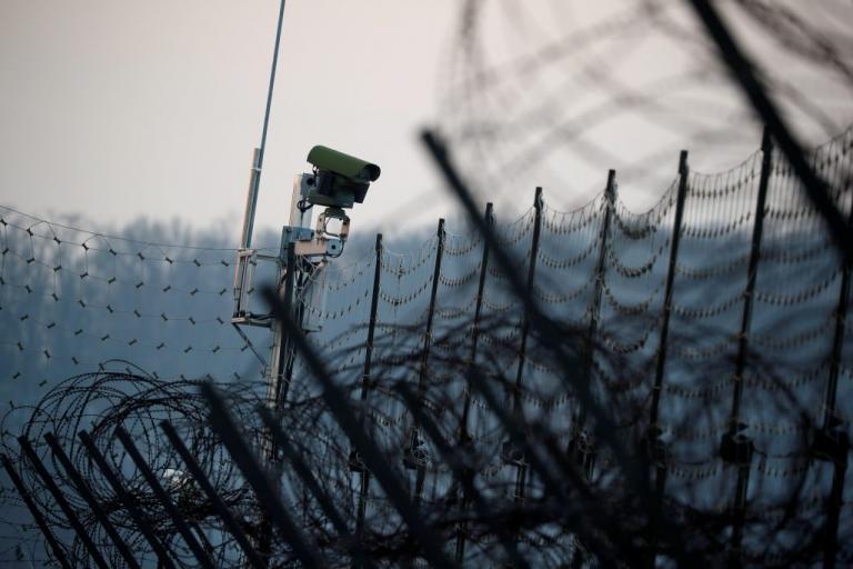 Βόρεια Κορέα: Αυτομόλησε κι άλλος στρατιωτικός | Newsit.gr