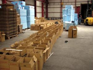 Κατασχέθηκαν από το ΣΔΟΕ 220.000 παράνομα CDs και DVDs