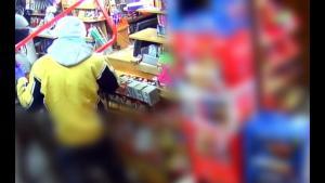Αυτοί είναι οι ληστές που «σήκωναν» καταστήματα σε όλη την Αττική – Αποκαλυπτικό βίντεο για την εγκληματική τους δράση
