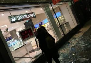 Τρομός στο Λονδίνο: Πολίτες έτρεχαν πανικόβλητοι σε πολυσύχναστο δρόμο