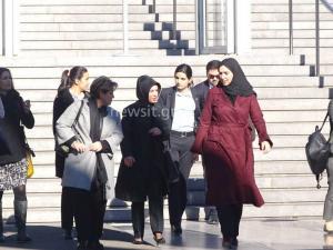 Η μυστηριώδης γυναίκα με την μαντίλα στο Μουσείο της Ακρόπολης