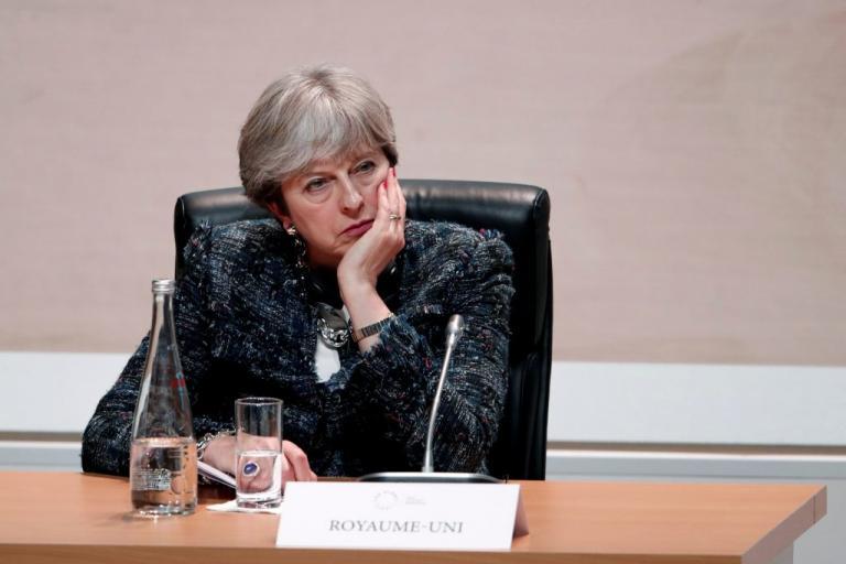 Brexit: Σοβαρό «πλήγμα» για την Τερέζα Μέι! | Newsit.gr