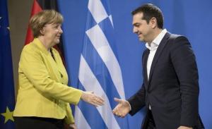 Μέρκελ και Γιούνκερ υποσχέθηκαν στον Τσίπρα βοήθεια για την Frontex