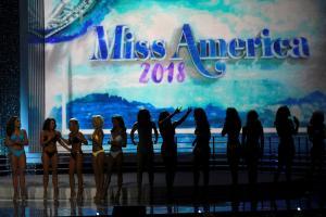 Η επόμενη Miss America χωρίς μαγιό