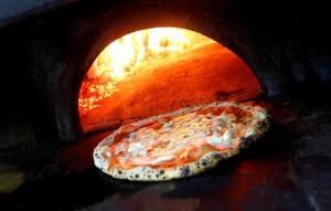 Πανηγύρια στη Νάπολη – Η πίτσα στην παγκόσμια κληρονομιά της Unesco