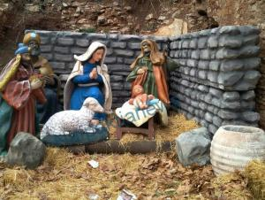 Ναύπακτος: Ακρωτηρίασαν το Θείο Βρέφος! [vid]