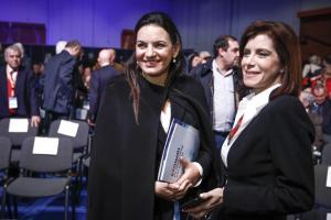Όλγα Κεφαλογιάννη: «Σαγηνευτική» στο συνέδριο της ΝΔ