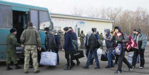 Ουκρανία: Πραγματοποιήθηκε η μεγαλύτερη ανταλλαγή αιχμαλώτων μεταξύ Κιέβου και αυτονομιστών [pics]