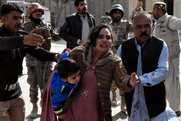 Νέο μακελειό στο Πακιστάν – Επίθεση καμικάζι σε εκκλησία | Newsit.gr