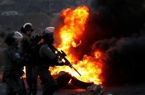 Ιερουσαλήμ: Μία πόλη που καίγεται! 140 Παλαιστίνιοι διαδηλωτές τραυματίστηκαν από αστυνομικούς