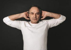 Παύλος Ευαγγελόπουλος: «Κρύβαμε το συνάλλαγμα μέσα σε καρμπόν»