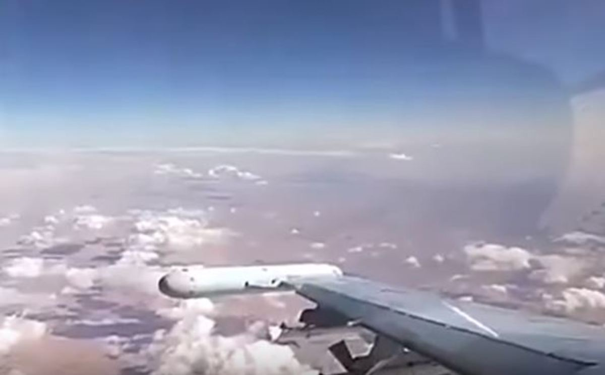 Ένας «τρελός» πιλότος σε ένα απίστευτο βίντεο που κόβει την ανάσα! | Newsit.gr