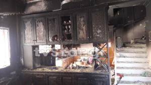 Λαμπάδιασε σπίτι οικογένειας στη Φθιώτιδα [pics]