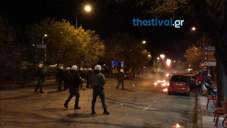 Επεισόδια στη Θεσσαλονίκη μετά την πορεία για τον Αλέξανδρο Γρηγορόπουλο [vid]