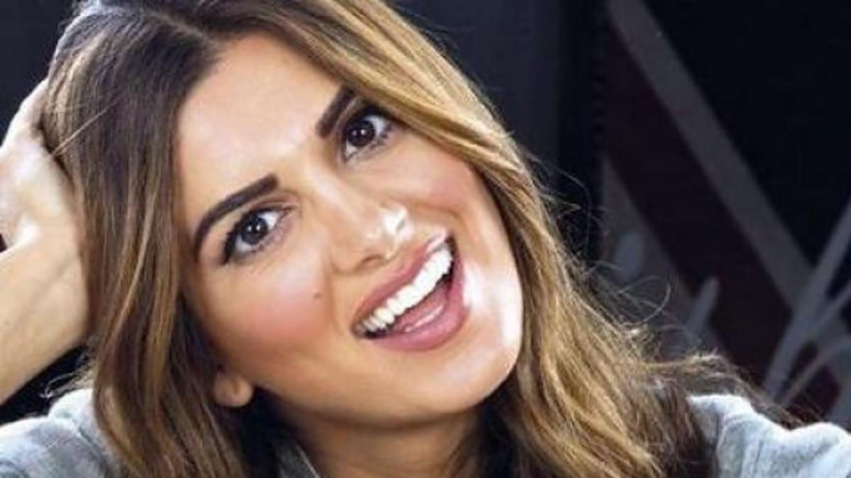 Σταματίνα Τσιμτσιλή: Τι γυρεύει στη Κύπρο αγκαλιά με τη σύζυγο του υπουργού Υγείας; [pic] | Newsit.gr