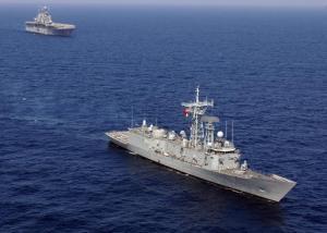 Τουρκικό πολεμικό ανοιχτά του Καφηρέα! Συνοδεύει το πλωτό γεωτρύπανο της Άγκυρας