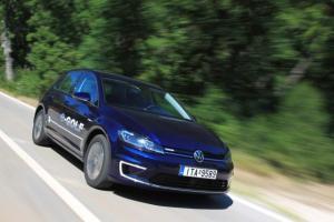 Η Volkswagen θα διπλασιάσει την παραγωγή του E-Golf