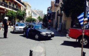 Πάτρα: Αυτοκινητοπομπή οπαδών του Αρτέμη Σώρρα – Συνθήματα και κυκλοφοριακό χάος στους δρόμους [vids]