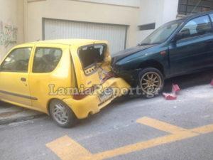 Λαμία: Τον πήρε η κατηφόρα – Η εξήγηση του οδηγού αμέσως μετά το ατύχημα [pic, vid]