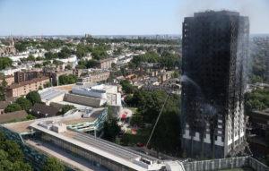 Λονδίνο: Στους 12 οι νεκροί της πύρινης κόλασης! Κανείς επιζών από τους τελευταίους ορόφους του Πύργου