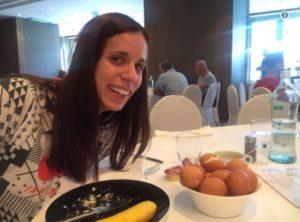 Σταρ η Κατερίνα Στεφανίδη! Ζητάει 3 αυγά και της δίνουν 12 [pic]