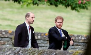 Κάρολος: Τεταμένη σχέση με Γουίλιαμ και Χάρι – Μισεί που μιλάνε για την Νταϊάνα