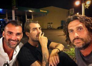 Χούτος, Χανταμπάκης, Κοκκινάκης – Survivor: Χαμός για τη selfie σε βενζινάδικο!