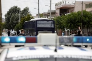 Αστακός το Μενίδι! Τεράστια επιχείρηση με πάνοπλους αστυνομικούς μετά τον θάνατο του μαθητή