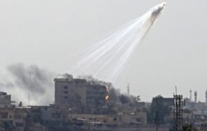 Απίστευτες εικόνες! Επίθεση με βόμβες φωσφόρου στην Μοσούλη